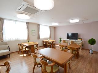 訪問介護・住宅型有料老人ホーム 「とうはら」